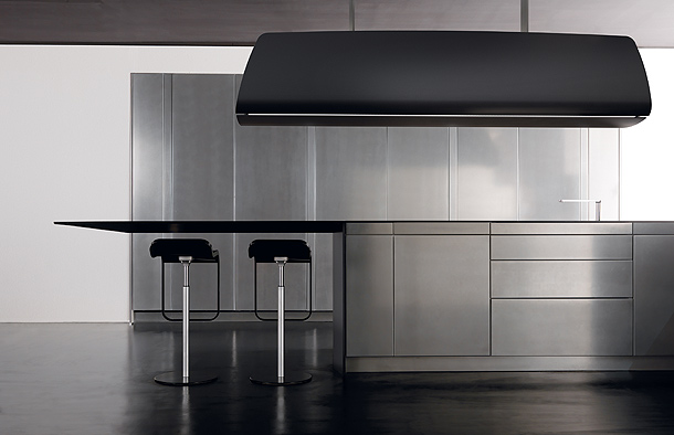 Invisibile la cocina con fibra de carbono de la firma Toncelli